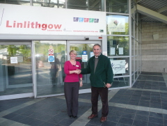 Linlithgow Leisure Centre Provides Parking and Cafeteria